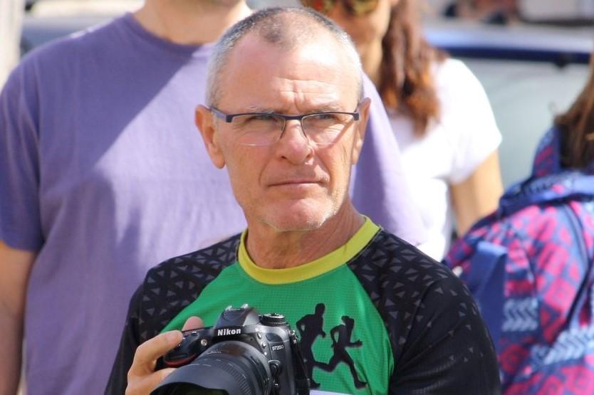 Juanje Senior Perfil